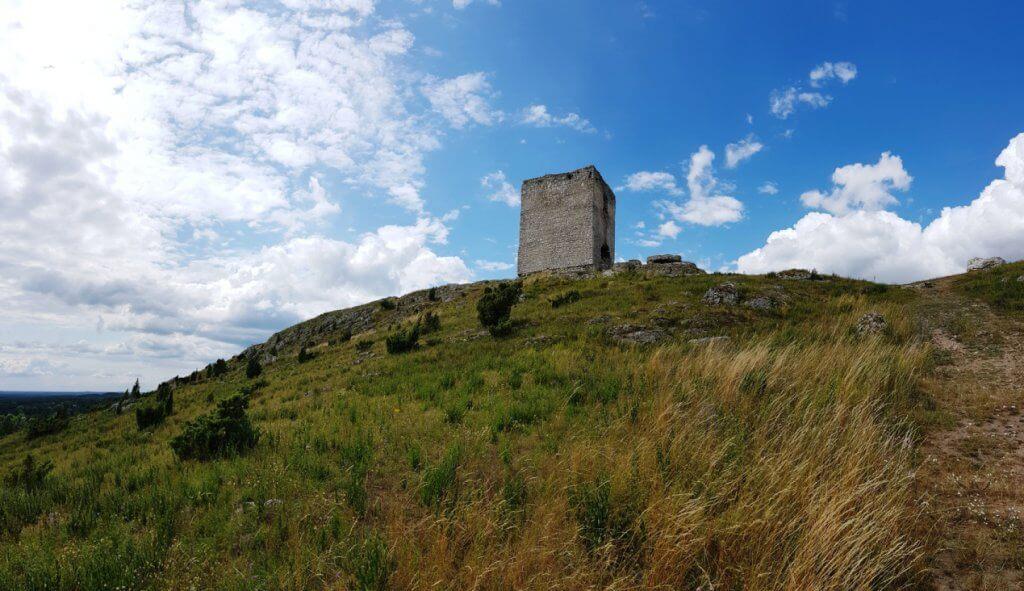 Wieża Staroscianska przedpole Zamek Olsztyn